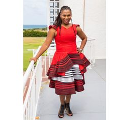 UMBHACO XHOSA ATTIRES IN SOUTH AFRICA Weddings are always very beautiful and colorful,everyone wants to look beautiful and appropriate Colored Wedding Dresses, Wedding Colors, Wedding Styles, Xhosa Attire, African Attire, Africa Fashion, African Design, Editorial Fashion, Fashion Dresses