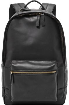 Bringing great vintage styling to classic silhouettes, our new leather Estate channels a relaxed, go-anywhere look that& perfect for the modern man. The favorite for fall? Our highly practical and easy-to-carry backpack is a smart choice. Backpack Outfit, Men's Backpack, Black Backpack, Fashion Backpack, Leather Backpack For Men, Leather Backpacks, Buy Wallet, Backpack Reviews, Fossil Watches