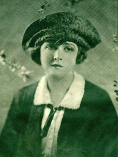 Tam (Woman's hat)  Trim includes appliqué, as with this ornate design worn by Katherine MacDonald. From Filmplay, January 1922 Source: Internet Archive Author: Hoover