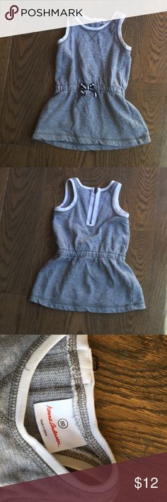 Hanna andersson size 80 gray and white dress Hanna andersson gray sweatshirt material dress with navy and white bow. Zipper on back is decorative. Size 80 (18-24 months) Hanna Andersson Dresses Casual