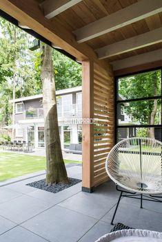 Garden Room, Outside Living, Corner Garden, Patio Design, Diy Gazebo, Outdoor Kitchen Decor, Modern Garden, Wooden Gazebo