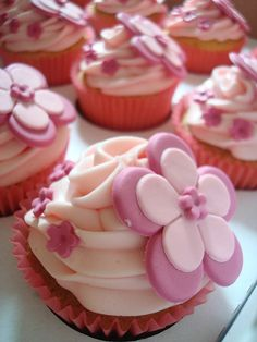 This Is The Way Evelyn Asked For Her Cupcakes To Be Decorated Girl