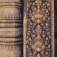 All details of the Banteay Srei temple are amazing. #banteaysrei #citatelofwoman #ladiestemple #carvings #detail #temple #hindu #shiva #angkor #khmer #architecture #culture #travel #instatravel #travelgram #wanderlust
