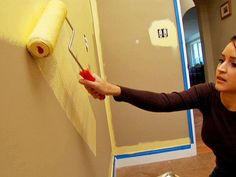 15 Painting Tips to Paint Like a Pro : Home Improvement : DIY Network again, for a dummy :) Painting Tips, House Painting, Home Improvement Projects, Home Projects, Home Renovation, Home Remodeling, Painting Services, Diy Network, Home Repairs