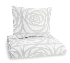 Finlayson Greta satin bed linen set I Greta-satiinipussilakanasetti € (norm. Bed Linen, Consideration, Accent Chairs, Satin, Bedroom, Furniture, Home Decor, Bed Linens, Upholstered Chairs