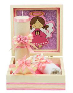Vela y toallita para bautizo color rosa. Caja de madera para bautizo de niña
