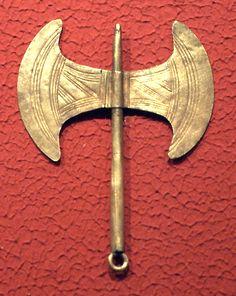 Labrys pendant; Minoan