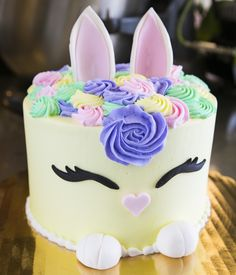 20 Best Easter Cakes Images Easter Cake Bakery Cakes Custom Cakes