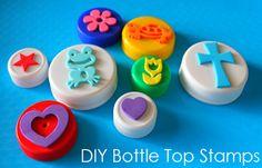 Atividades para maternal, creche e berçário: Carimbos reciclados com tampinhas plásticas