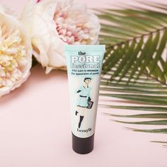 Quickly minimize the appearance of pores & fine lines for smoother-than-smooth natural looking skin for your big day!