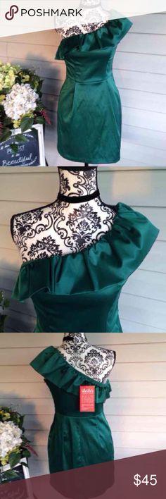 NWT Lulu's Emerald 1 Shoulder Satin Dress Zip up side. Medium. Lulu's brand. Emerald green. Ruffled neckline. Stretchy satin. No flaws. New with tags. Free gift Lulu's Dresses Mini