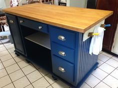 Vintage Kitchen from the office space to the kitchen space, kitchen design - after spending countless hours surfing the web for the perfect kitchen island with a very small budget, left me with very little to choose from. So I decided t… Kitchen Space, Furniture, Repurposed Furniture, Vintage Kitchen, Vintage Kitchen Decor, Diy Furniture, Diy Kitchen, Diy Kitchen Island, Rustic Kitchen Island