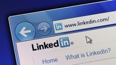 These are the 10 most overused buzzwords on LinkedIn. Avoid using them in your profile so that you can standout from the crowd.