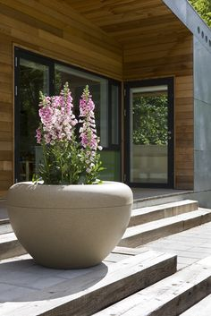 Scoop planter create classic, harmonic or humorous experience to urban space like for instance squares, schools or malls Public Spaces, Schools, Squares, Planter Pots, Urban, Create, Classic, Design, Street Furniture