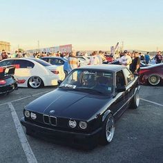 @renownusa is looking for people to join the Renown family! Possible partial sponsorship! If you think your car will be raising the bar this year give them an email!  #e30kings #bmw #e30 #renownusa