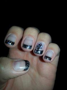 BlAck Christmas tree foil nails