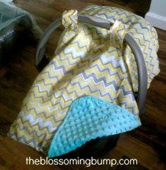 Easy Peasy DIY Car Seat Canopy Tutorial by The Blossoming Bump (id probly add some quilt batting to withstand the cold canadian winters! Baby Sewing Projects, Sewing For Kids, Sewing Ideas, Sewing Crafts, Diy Projects, Diy Canopy, Canopy Cover, Car Seat Canopy, Scrappy Quilts