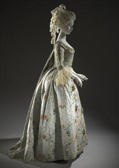 Woman's Dress and Petticoat (Robe à la française)   circa 1775   LACMA Collections
