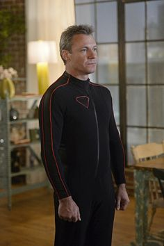 Chris Vance as Non in Supergirl.