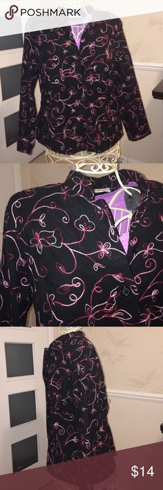 Dressbarn Embroidered Jacket Blazer Size 18/20 ♥️Blazer with embroidered swirls and flowers in various pink threads. Nehru style collar. This jacket is an ideal statement piece to add to your wardrobe. Brand tag is attached but longer size/care instructions tag was removed to prevent flip up over the back. Dressbarn size 18/20. Gently used. Right shoulder pad seam needs mending. Dress Barn Jackets & Coats Blazers