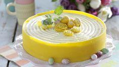 Tårta med lemon curd | Allas Recept Sweets From Heaven, English Food, Eat Dessert First, Piece Of Cakes, Something Sweet, No Bake Cake, Cake Decorating, Good Food, Food And Drink
