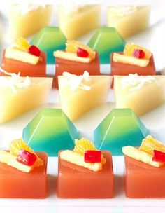 Here you'll find answers to many of your burning jelly shot questions, including serving suggestions, cutting, and, for you veggie types, gelatin alternatives!