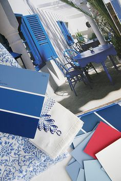 Blue and white colour palette. Look, admire, add to it, take away from it, so Much to think about - enjoy. White Rooms, Love Blue, Color Azul, Color Combos, White Decor, Color Inspiration, Inspiration Boards, Shades Of Blue, Decoration