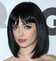 15 Nice Short Straight Hairstyles with Bangs in Who does not love being different from others? For this reason, let's get some inspirations from all these Nice Short Straight Hairstyles with Bangs. Stacked Bob Hairstyles, Bob Hairstyles With Bangs, Short Bob Haircuts, Trendy Hairstyles, Straight Hairstyles, 1930s Hairstyles, Funny Hairstyles, Bob Haircut With Bangs, Short Hair With Bangs