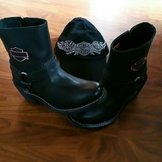 HARLEY DAVIDSON LEATHER BOOTS Perfect condition as they've only been worn once. Harley-Davidson Shoes