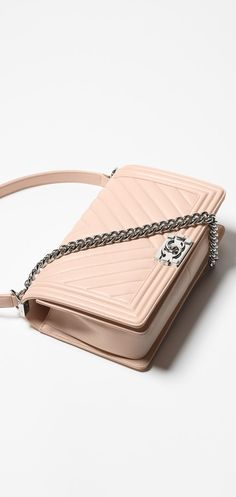 Small boy CHANEL flap bag, calfskin-pink - CHANEL