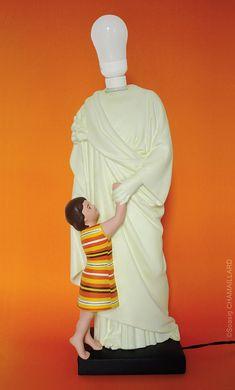 Soasig Chamaillard | Détournement Statue Sainte Vierge | Sainte Lumière | Nantes et Paris