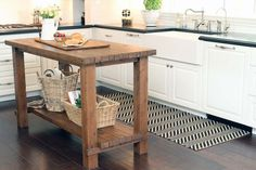 kitchen islands for small spaces. I need to go out and do this right now!