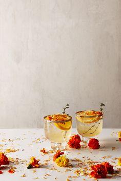 Fleurs du Friday: Marigold Cocktail
