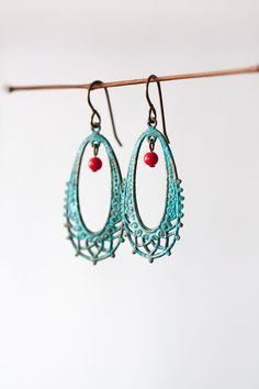 Grünspan Patina filigrane rote Ohrringe rustikale von MeMadeJewels