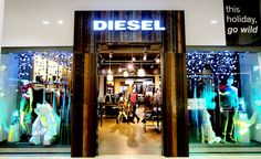 Diesel's Christmas window for 2015 in collaboration with Tenn Ltd is based on a starry night made from LED lights and small cherry bulbs.