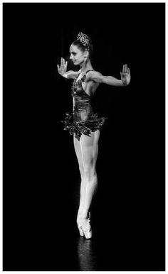 "Maria Kochetkova in ""Rubies"" from George Balanchine's ""Jewels"" / Photo © Sasha Gouliaev"