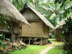 Traditional Architecture of Indonesia - The Fact Of Indonesia Java Architecture, Vernacular Architecture, Indian Architecture, Bahay Kubo Design, Indonesian House, Balinese Garden, Village Photography, Bali House, Farm Stay