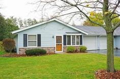 701 E Clay St # F2  Whitewater , WI  53190  - $119,900  #WhitewaterWI #WhitewaterWIRealEstate