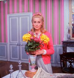 Catherine Deneuve in 'The Umbrellas of Cherbourg', directed by Jacques Demy Jacques Demy, Catherine Deneuve Films, Classic Hollywood, Old Hollywood, Catherine Denueve, Umbrellas Of Cherbourg, Divas, French Girl Style, French Films