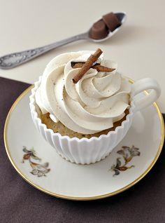Cupcakes de cafe con leche y buttercream de capuchino