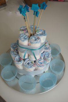 Torta de pañales Baby shower Manuel