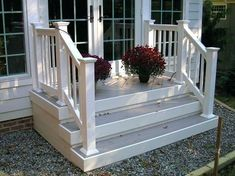 36 Pretty Farmhouse Front Porch Steps Design Ideas - HOMYFEED Whether you are building a new porch or renovating an existing one, there are specific things you can do to … Front Porch Railings, Porch Stairs, Front Stairs, Outdoor Stairs, Porch Handrails, Entryway Stairs, Stair Handrail, House Stairs, Front Porch Steps