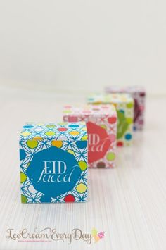 FREE EID printables, place mats gift boxes and more..very talented lady.