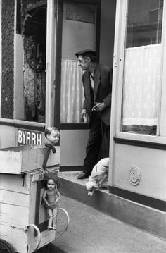 Henri Cartier-Bresson, Paris, France, 1958. © Henri Cartier-Bresson/Magnum Photos.