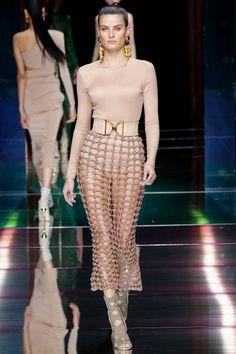 Style Haute Couture, Couture Fashion, Runway Fashion, Paris Fashion, Uk Fashion, Womens Fashion, Fashion Week, High Fashion, Fashion Show