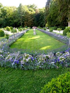 Garden at Chateau Chenonceau