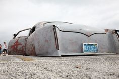 lowrider rat rod from Cartype blog.  Finnish Guy Says it's a 49-51 or so Ford.