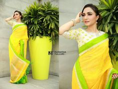 Blouse Patterns, Saree Blouse Designs, Indian Attire, Indian Wear, Indian Dresses, Indian Outfits, Indian Clothes, Simple Sarees, Beautiful Blouses