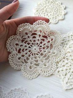 6 cream crochet doilies | Etsy