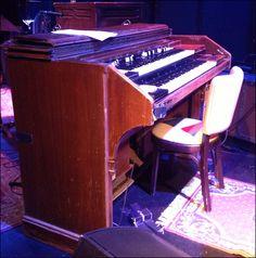 Ray Charles' Hammond RT-2?? (If so, it'd be from the early 1960s). Read this: http://shoutingthomas.typepad.com/harleys_cars_girls_guitar/2013/02/ray-charles-hammond-organ-at-helsinki-hudson.html